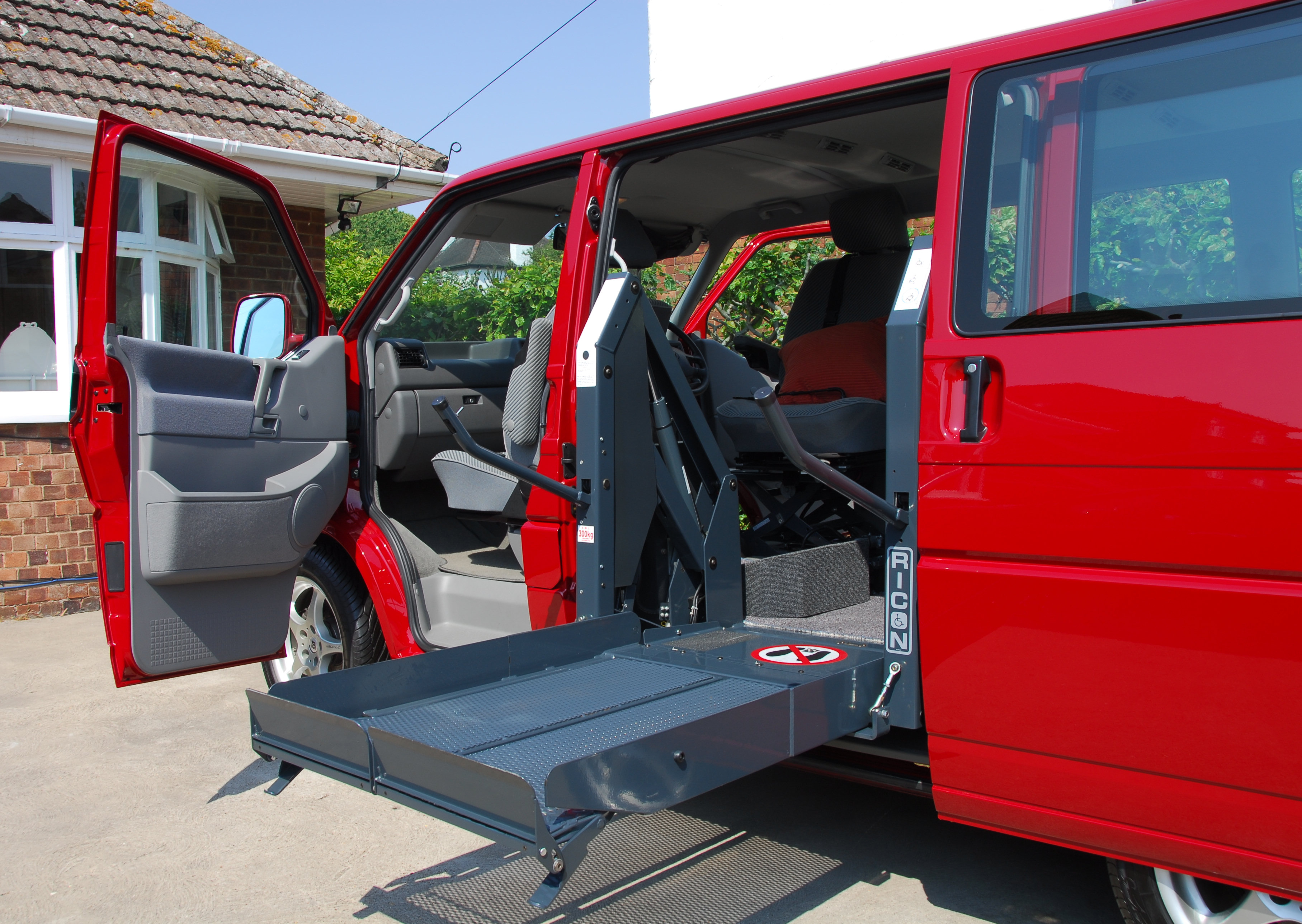 Charm city fleet maintenance home for Motorized wheelchair lifts for cars